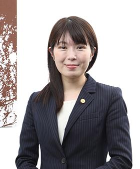 弁護士 坂本 志乃 (Shino Sakamoto)